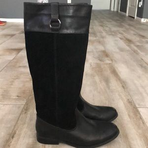 Bass black leather boots